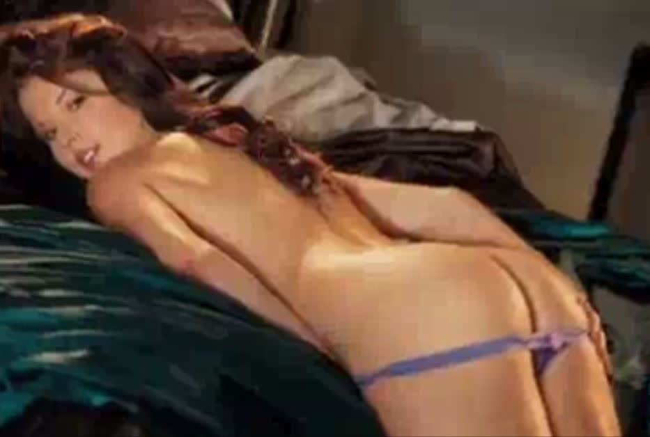 amanda cerny naked while she was in the playboy house