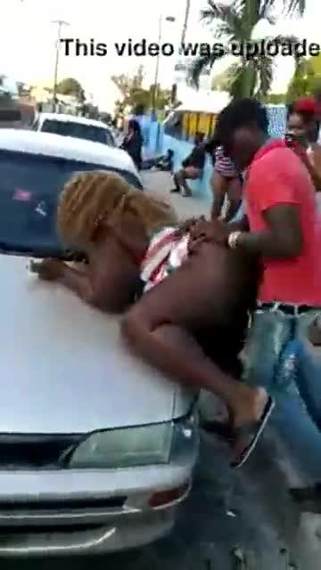 VIRAL Haitianos singando en las calles de Santo Domingo RD