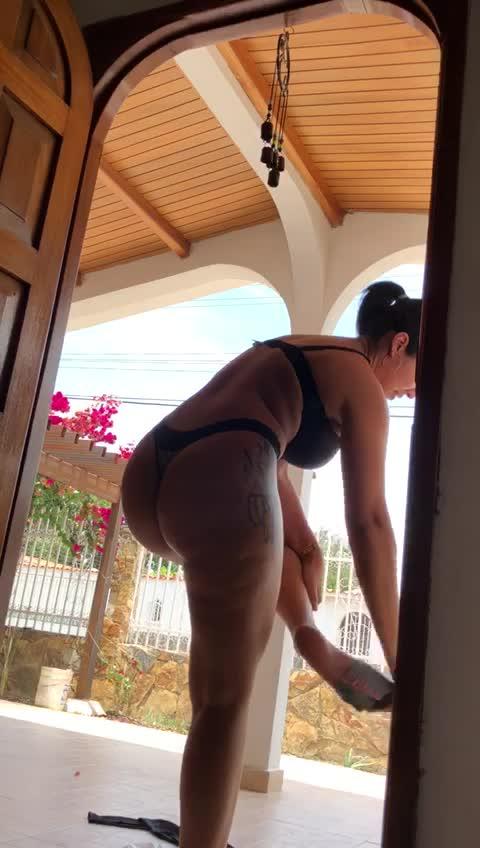 Hice que mi novia se desnude Antes de entrar a la Casa COVID19